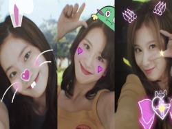 "Update: TWICE Takes More Cute Selfie Videos In New ""Likey"" Teasers"