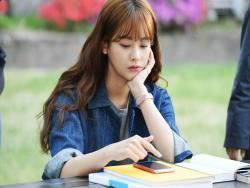 "Oh Yeon Seo Syncs With Her ""Cheese In The Trap"" Film Character"