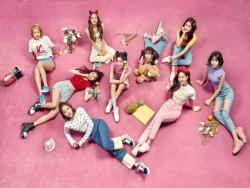 "TWICE Excels On Global iTunes Charts With New Album And Title Track ""What Is Love?"""