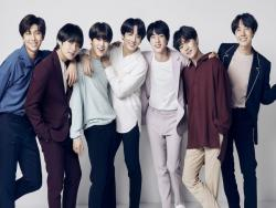 "BTS's Japanese Album ""Face Yourself"" Has Great Success On Billboard 200 As It Makes Debut"