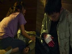 "Jin Ki Joo Panics When She Sees Jang Ki Yong In A Shocking State In ""Come And Hug Me"""