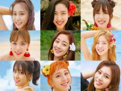 "Update: TWICE Reveals Album Preview For ""Summer Nights"""