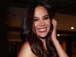 Catriona Gray demonstrates iconic lava walk during orphanage visit