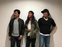 Three members of the Eraserheads reunite as Ultracombo, perform a mini concert