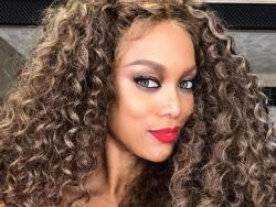 WATCH: Tyra Banks pits Catriona's Lava Walk against her Volcano Strut
