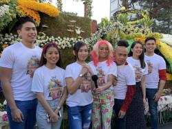 WATCH: Kapuso stars, bumida sa Panagbenga Festival