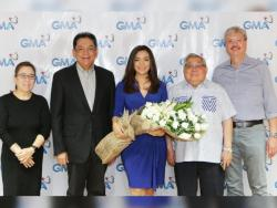 At home being a Kapuso:  Vicky Morales renews contract with GMA Network