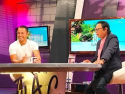 WATCH: Derek Ramsay, nakipagkulitan sa 'Tonight With Arnold Clavio'