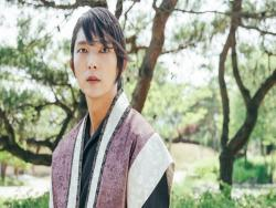 "Lee Joon Gi Expresses His Thanks To Fans After ""Scarlet Heart: Goryeo"" Hits 2 Billion Views On Chinese Streaming Site"